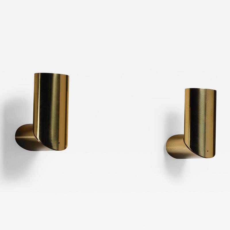Arredoluce Pair of brass Arredoluce adjustable wall lamps