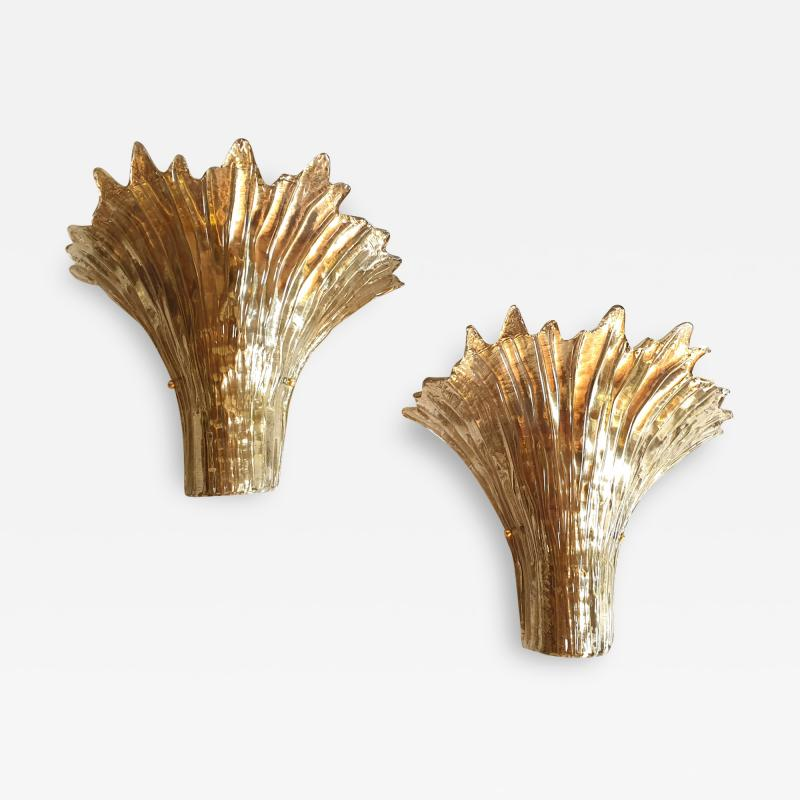 Barovier Toso Pair of Mid Century Modern leaf gold Murano glass sconces attr to Barovier 1970s