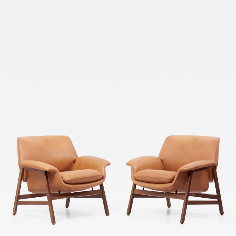 Cassina Lounge Chairs Model 849 by Gianfranco Frattini in Leather Italy 1950s