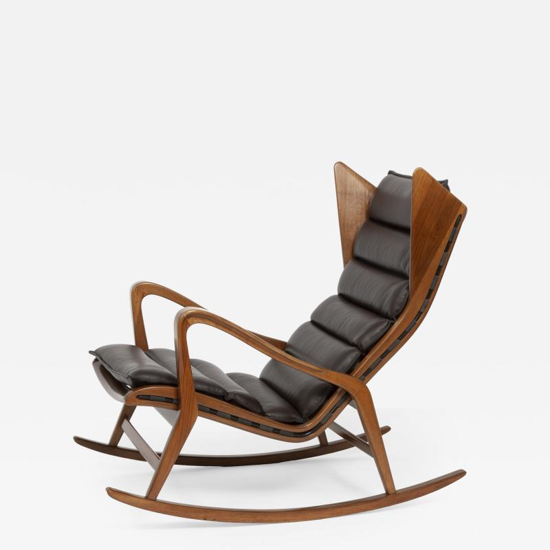 Cassina Rocking chair model no 572