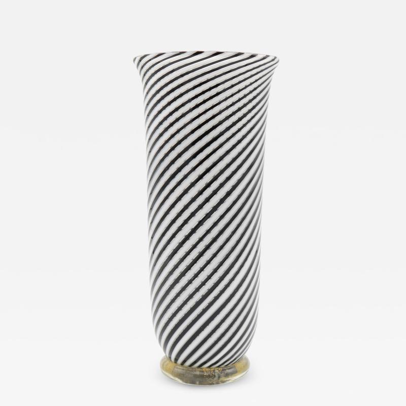 Dino Martens Mezza Filigrana Murano Glass Vase by Dino Martens