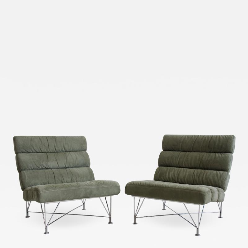 Dux Pair of Green Lounge Chairs by DUX Design Team