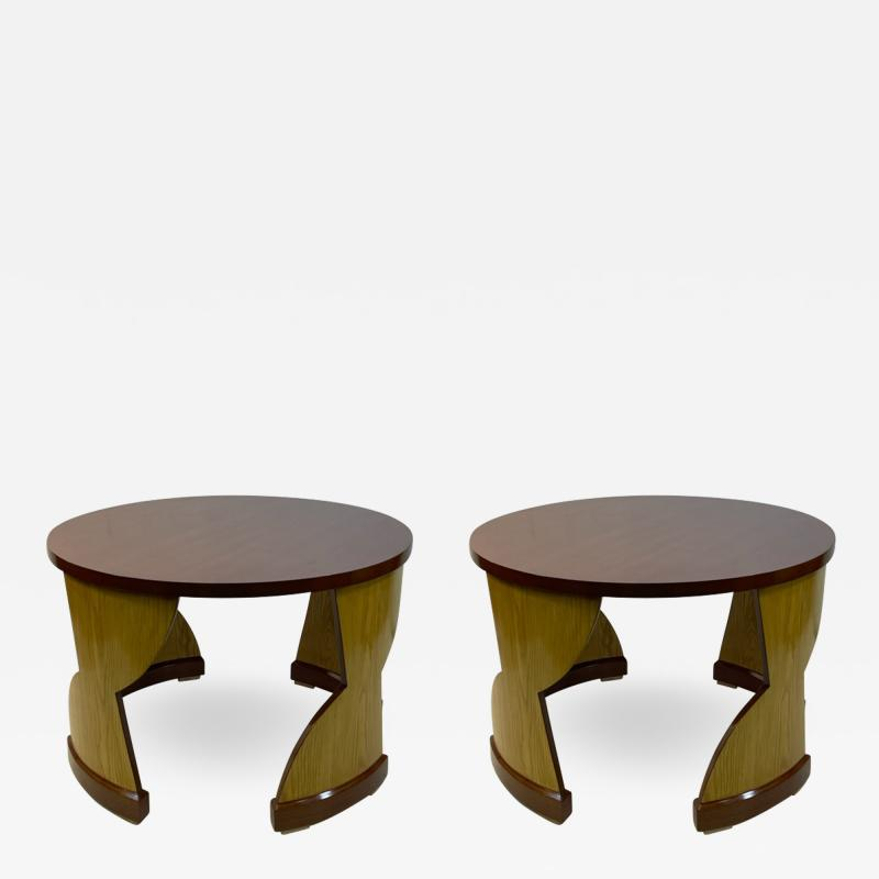 Eillen Gray MODERNIST PAIR OF TABLES IN THE MANNER OF EILEEN GRAY