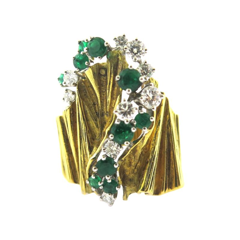 Gubelin Gubelin Emerald and Diamond Gold Ring