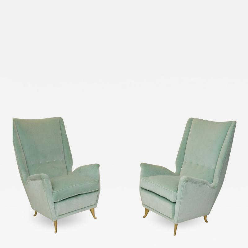 ISA Bergamo I S A Italy Pair of Mid Century Modern armchairs by ISA from a design by Gio Ponti