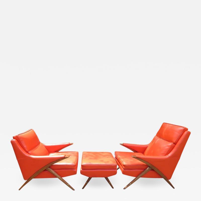 Karpen of California Pair of Momma Poppa Bear Style Karpen Lounge Chairs