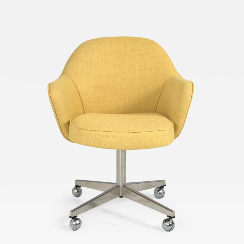 Knoll Knoll Desk Chair in Yellow Microfiber