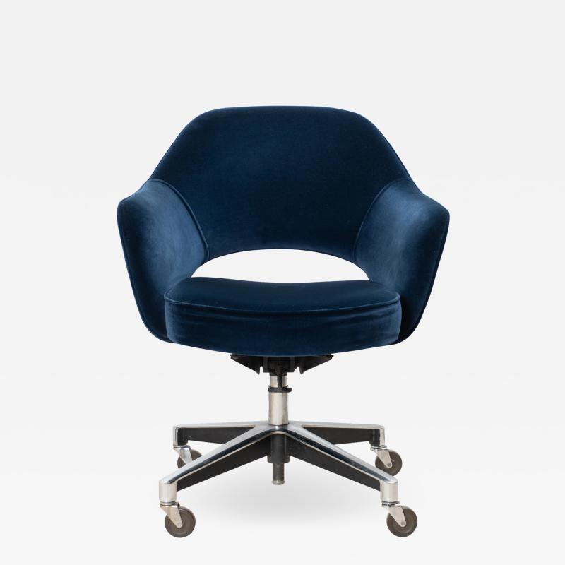 Knoll Saarinen Executive Arm Chair in Velvet Swivel Base by Eero Saarinen for Knoll