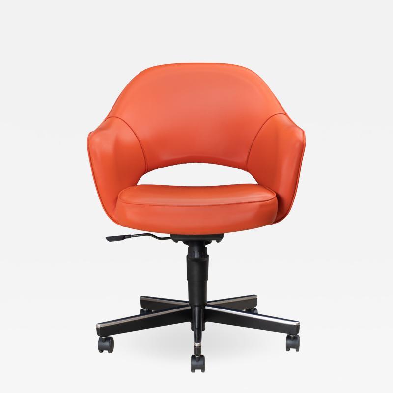Knoll Saarinen Executive Arm Chair in Vinyl Swivel Base by Eero Saarinen for Knoll
