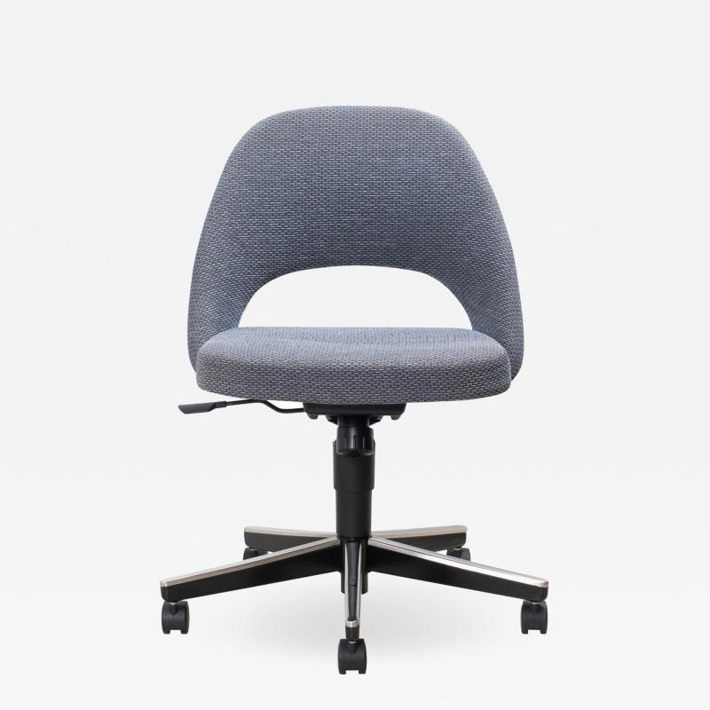 Knoll Saarinen Executive Armless Chair Swivel Base by Eero Saarinen for Knoll