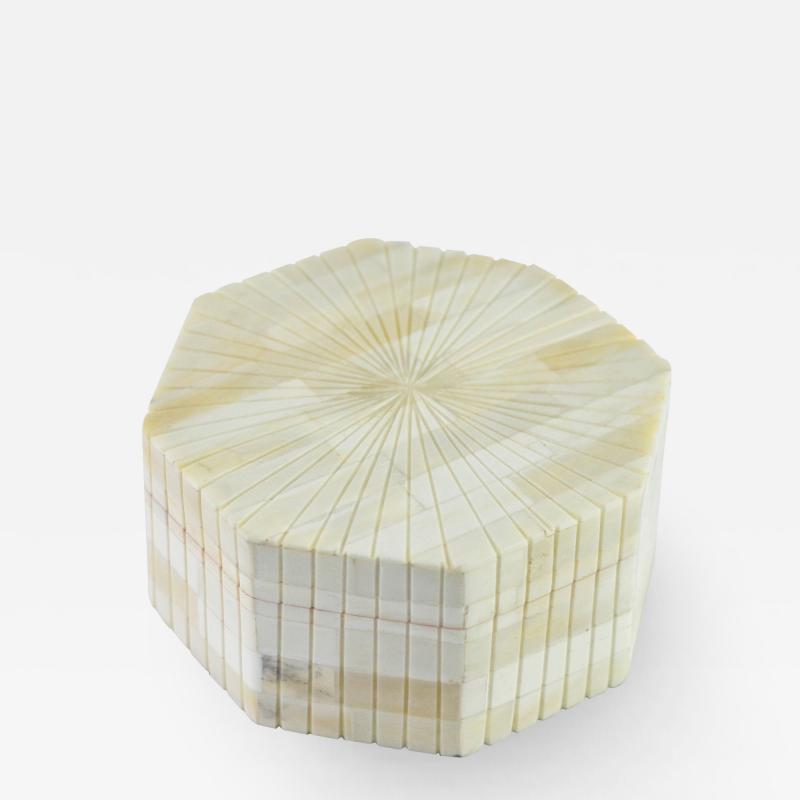 Kravet Inc Tuscon Box