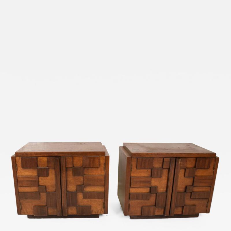 Lane Furniture Mid Century Modern Pair of Brutalist Walnut Nightstands by Lane