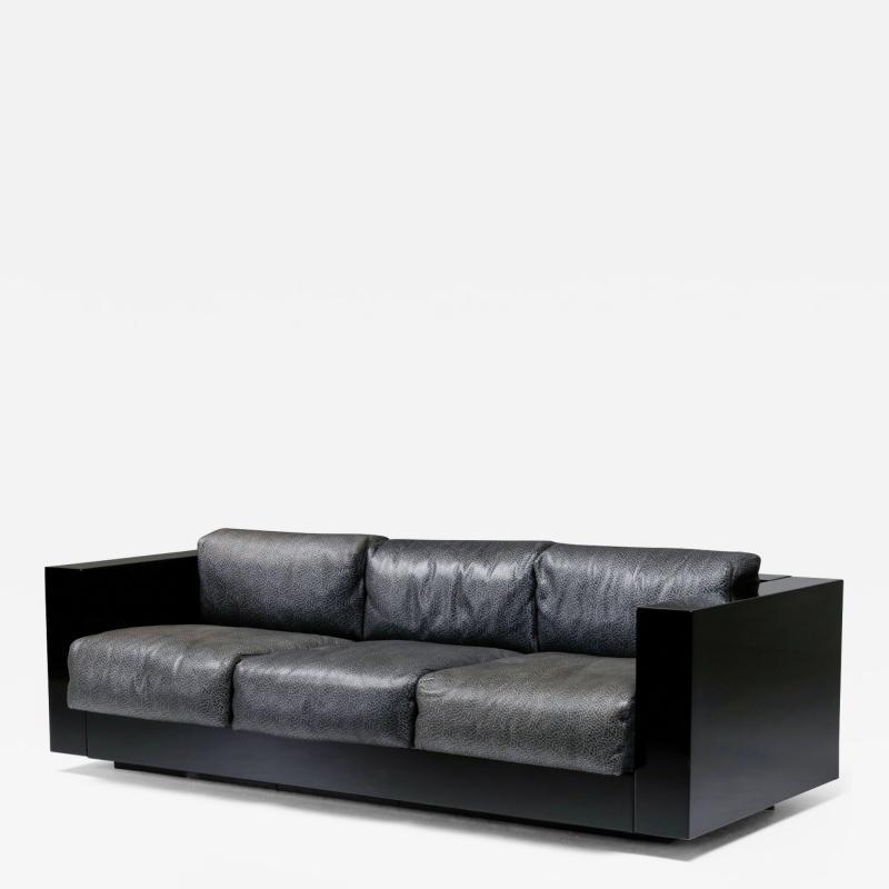 Lella Massimo Vignelli Saratoga sofa in elephant grey leather by Vignelli for Poltronova 1964