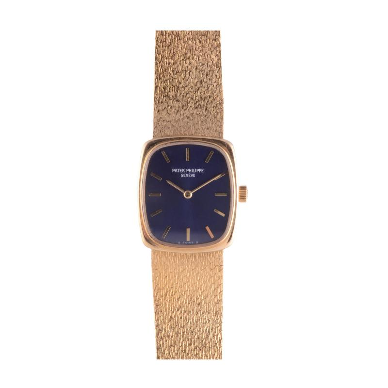 Patek Philippe Co Patek Philippe Ladies Blue Dial 18K Wrist Watch