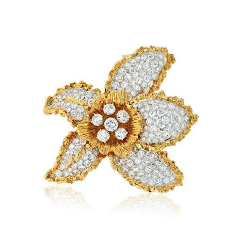 Ruser Jewelry William Ruser RUSER 1960S 18K TWO TONE FLOWER WITH PAVE SET DIAMOND LEAVES BROOCH