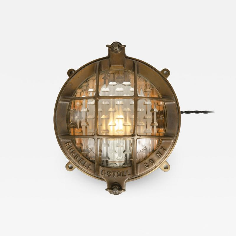 Russell Stoll Co RUSSELL STOLL CO CAST BRONZE LAMP