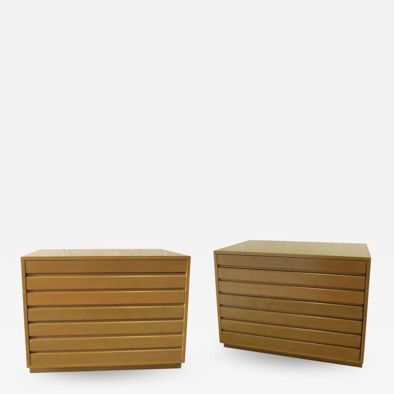 Sligh Lowry Furniture Co Pair of American Modern Bleached Mahogany Chests Nightstands Sligh Furniture