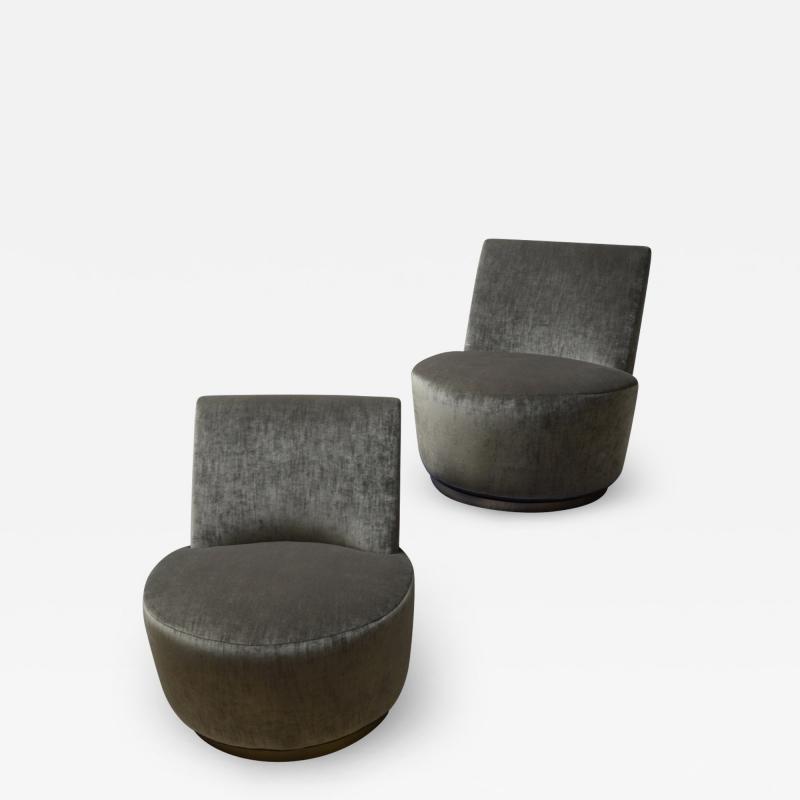 Thayer Coggin Pair of Thayer Coggin Slipper Chairs on Swivel Bases