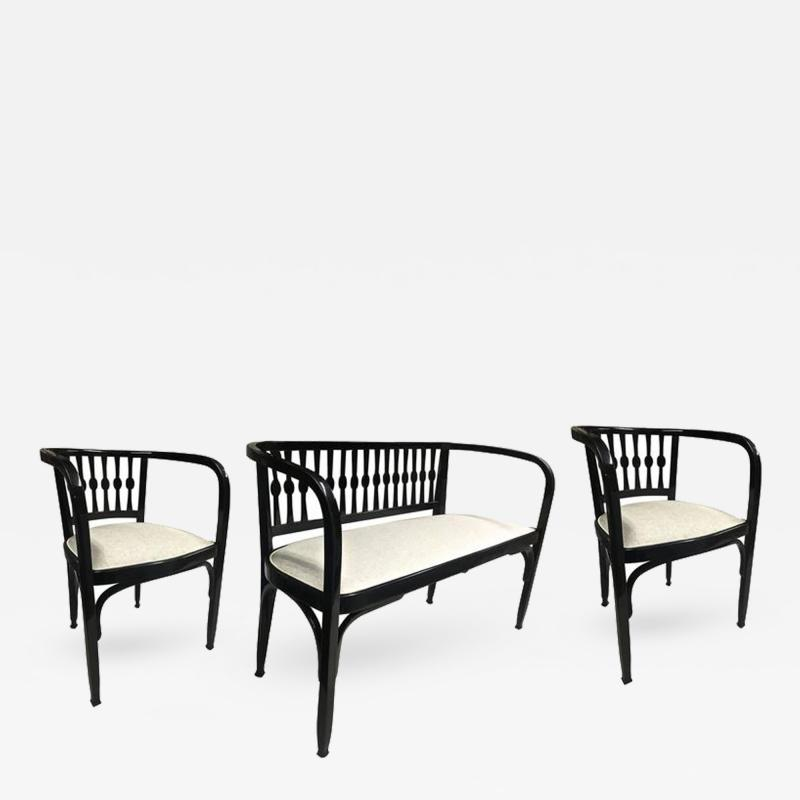 Thonet Thonet Austrian Secession Set of One Couch and Two Chairs in Bentwood