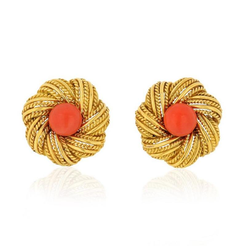 Tiffany Co TIFFANY CO 1970S 18K YELLOW GOLD ROUND CORAL VINTAGE FLOWER EARRINGS