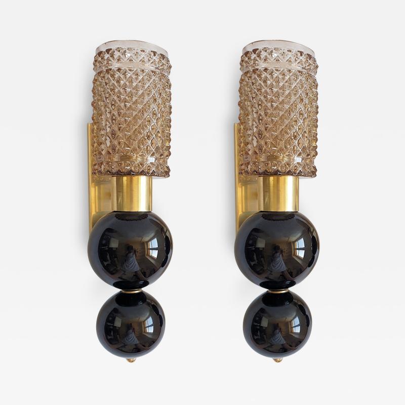 Venini Mid Century Venini style pairs of beige black Murano glass sconces Italy 1970s