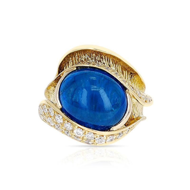 10 48 CT SAPPHIRE CABOCHON AND 0 54 CT DIAMOND COCKTAIL RING 18K YELLOW GOLD