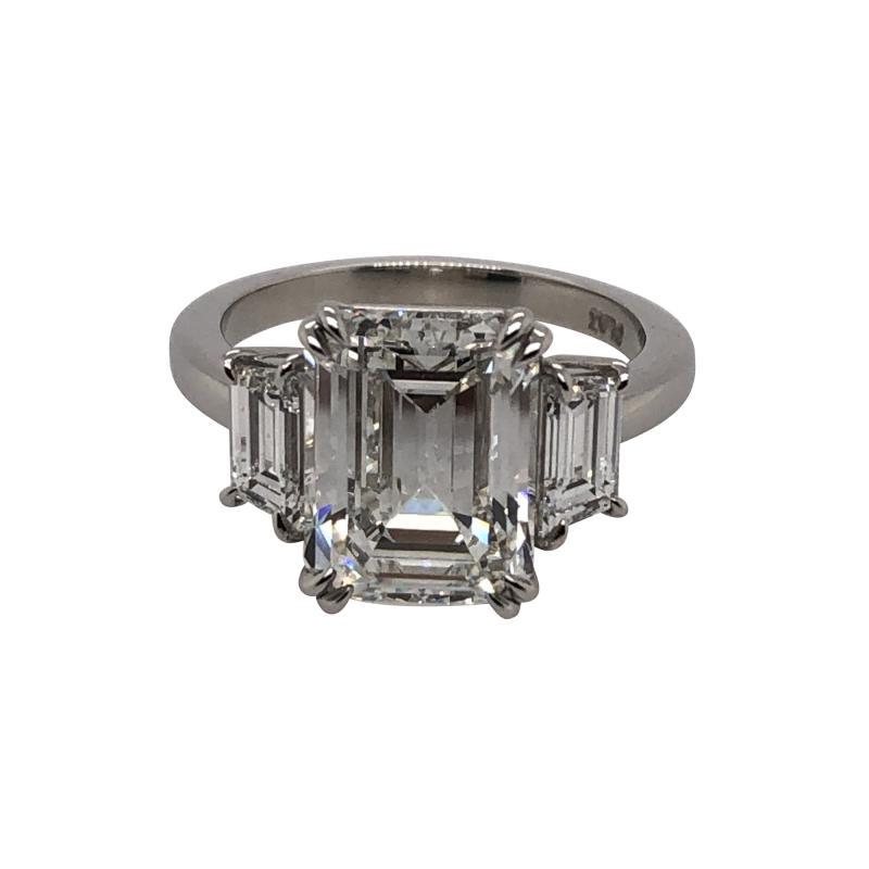 4 11 ct emerald cut diamond ring