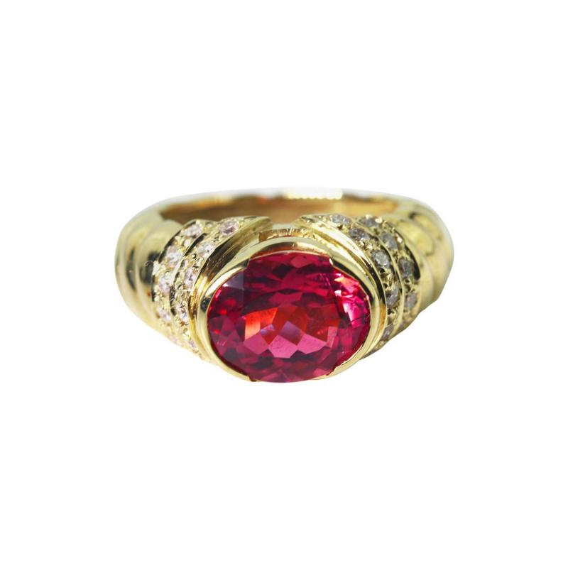 4 Carat Pinky Red Tourmaline Diamond 18kt Gold Cocktail Dinner Ring