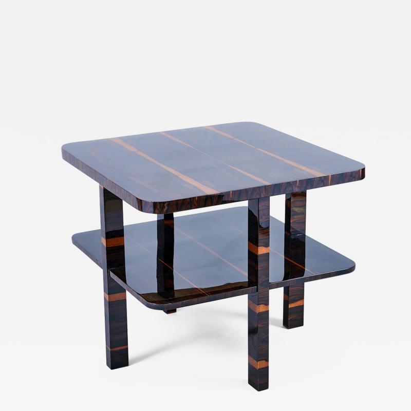 A Constructivist Occasional Table