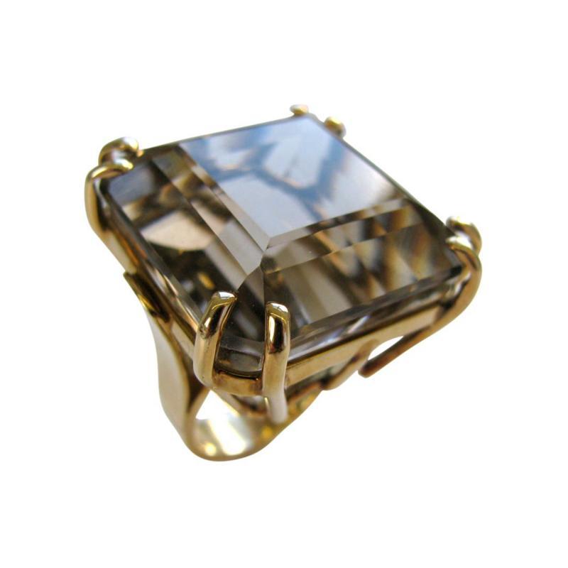 A Gold and Smokey Quartz Retro Ring c1945