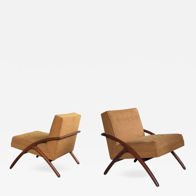 A Sleek and Stylish Pair of American 1960s Ash Grasshopper Chairs