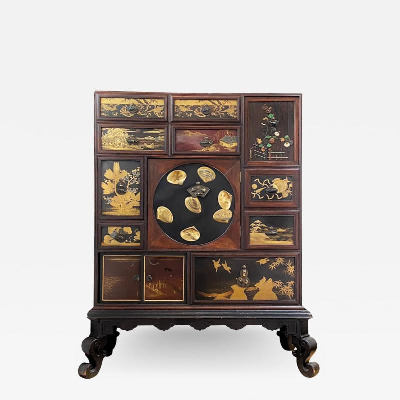 A wonderful Japanese late 19th Century cabinet