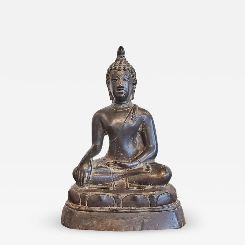 ANTIQUE CAST BRONZE SHAKYAMUNI BUDDHA DISPLAYING THE BHUMISPARSHA MUDRA