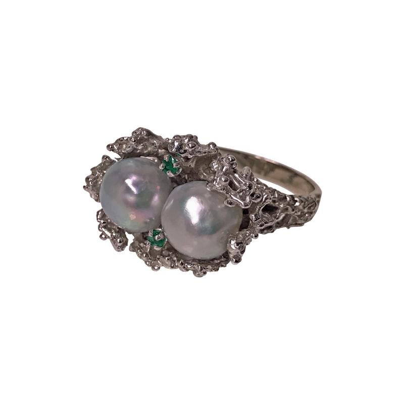 Abstract Modern Nugget 14K White Gold Pearl and Emerald Ring C 1970