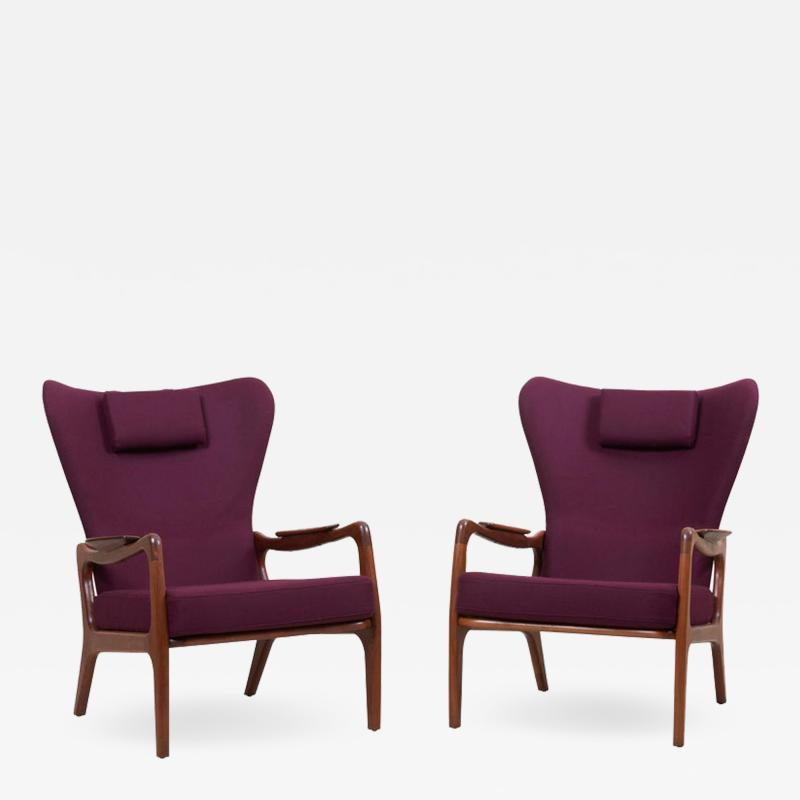 Adrian Pearsall Newly Restored Pair of High Back Wing Lounge Chairs by Adrian Pearsall 1950s