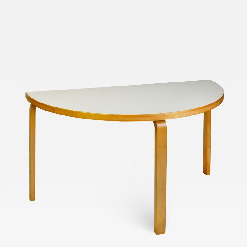 Alvar Aalto 20th Century Alvar Aalto Consolle Mod 95 for Artek in Birch Wood and Laminate