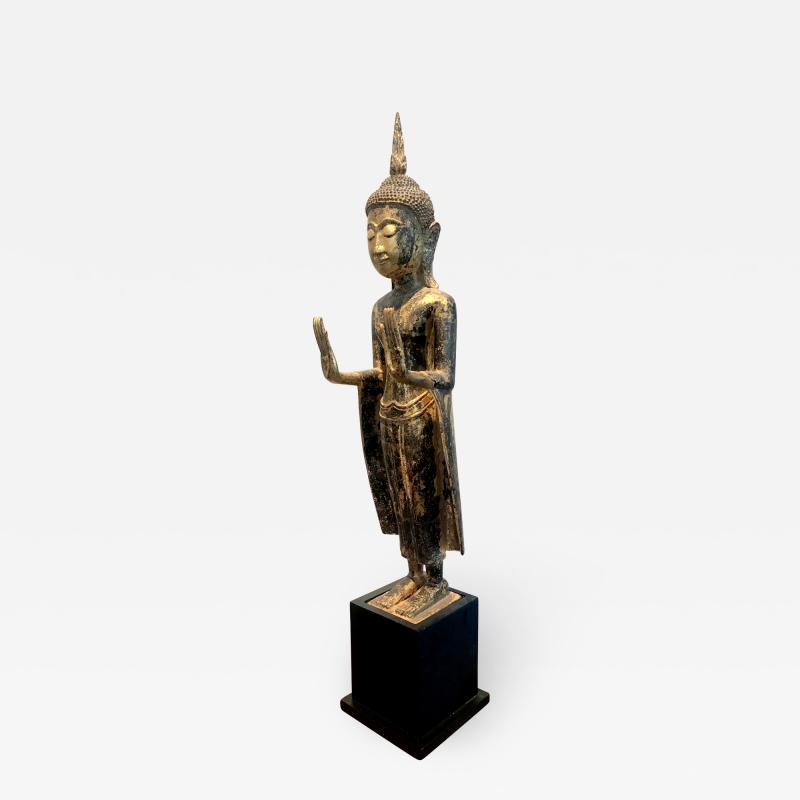 An Antique Gilt Wood Buddha Statue
