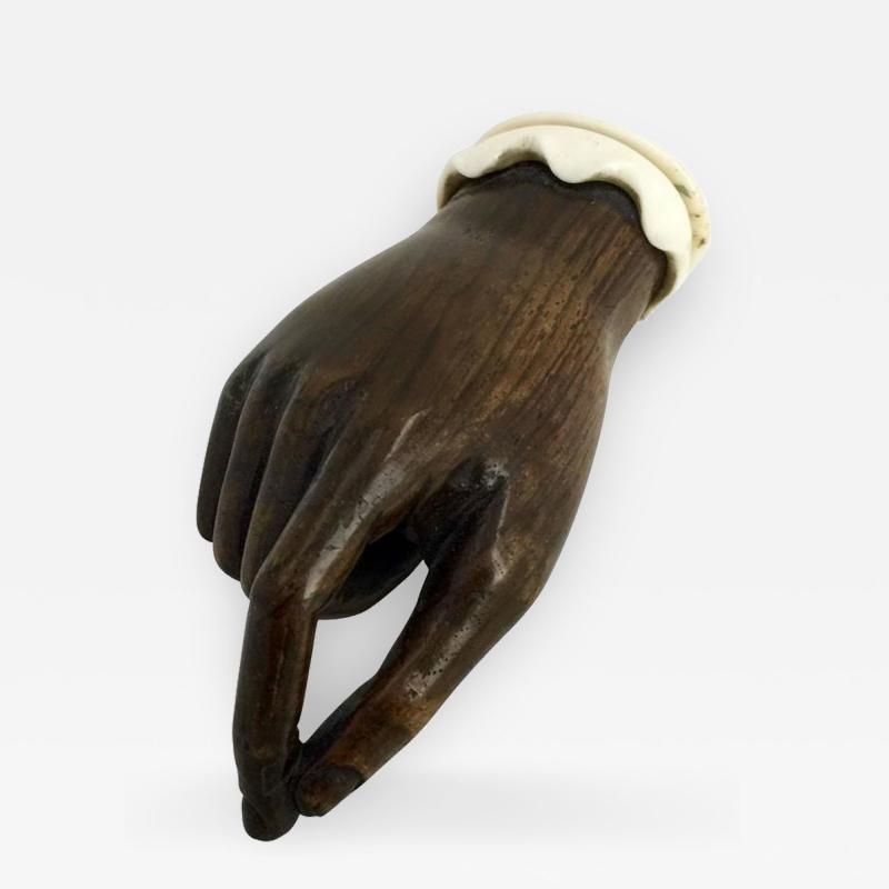 Anglo Indian Pinch of Snuff Blood Wood and Bone Snuff Box 19th Century