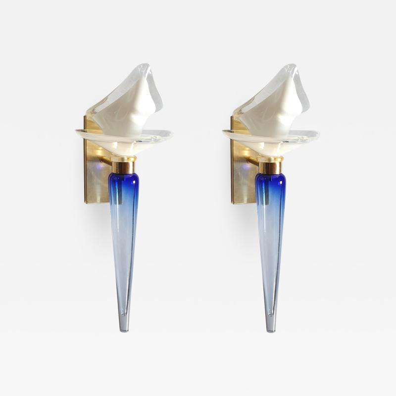 Archimede Seguso Pair of Mid Century Modern blue white Murano glass sconces by Seguso 1970s