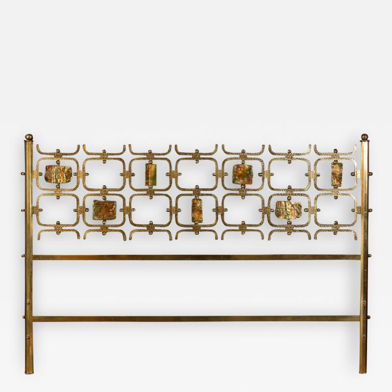 Arnaldo Pomodoro Osvaldo Borsani Elegant Bed with Brass Details by Arnaldo Pomodoro 1950