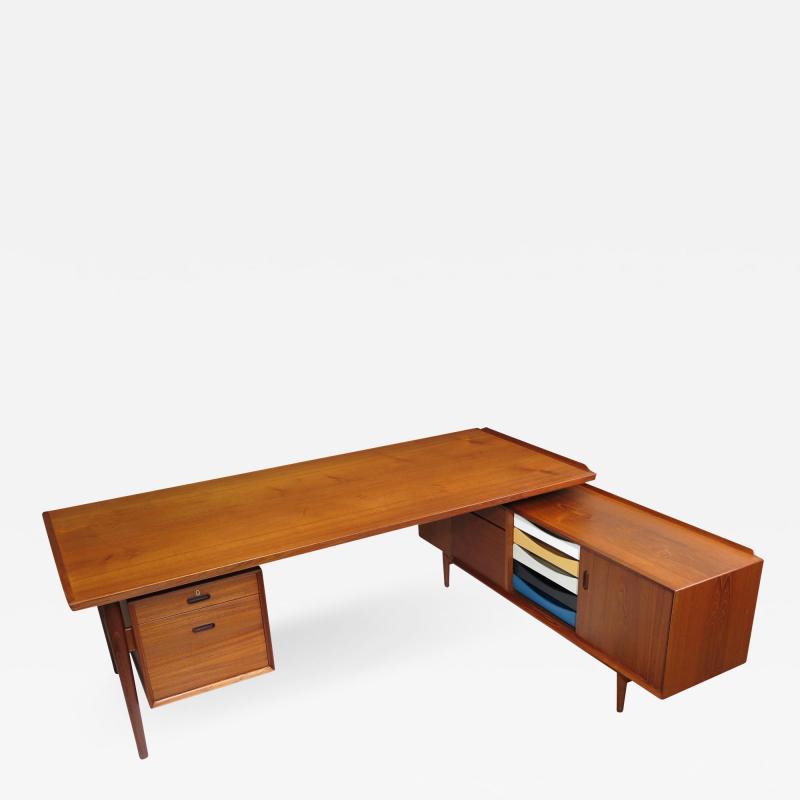 Arne Vodder Arne Vodder Desk Executive Desk with Credenza in Teak
