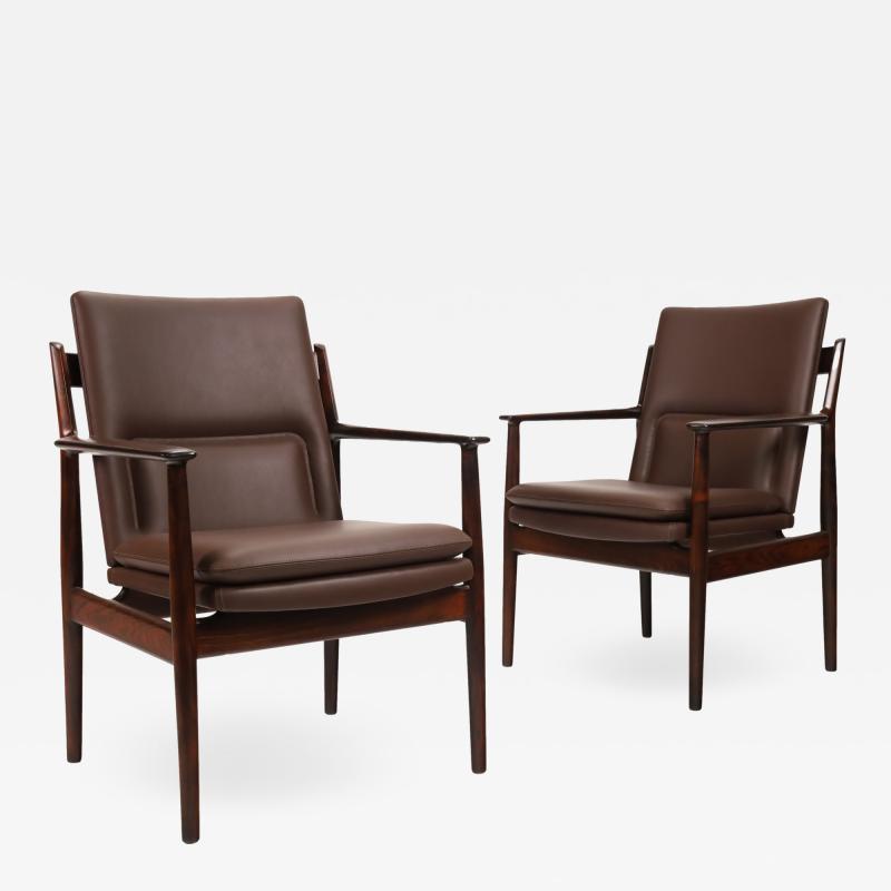 Arne Vodder Pair of Scandinavain Modern Solid Rosewood Armchairs Designed by Arne Vodder