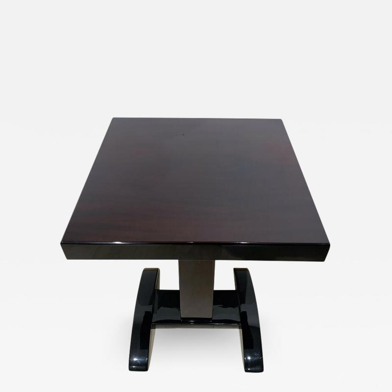 Art Deco Bistro or Side Table Mahagoni and Black Lacquer France 1930s