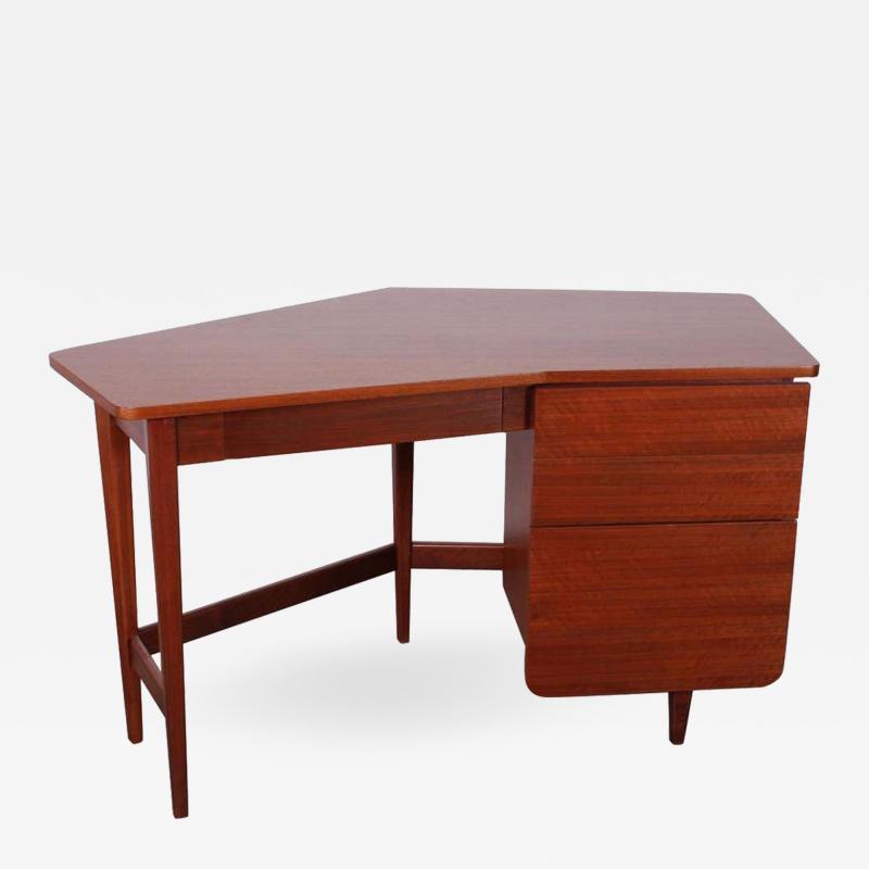 Bertha Schaefer Desk by Bertha Schaefer for Singer and Sons