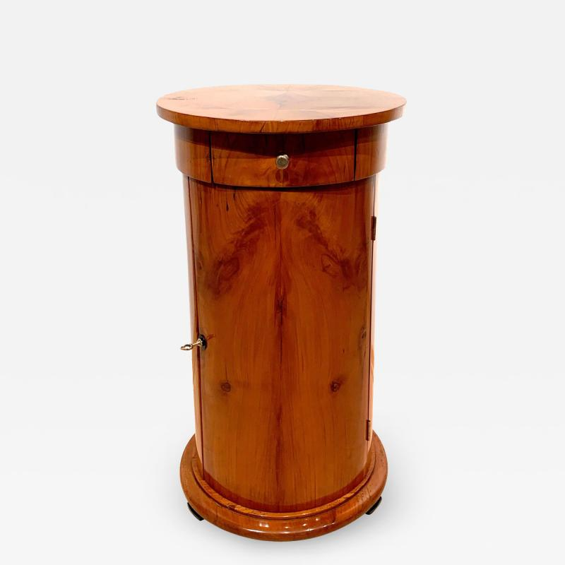 Biedermeier Drum Table Cherry Veneer South Germany circa 1820
