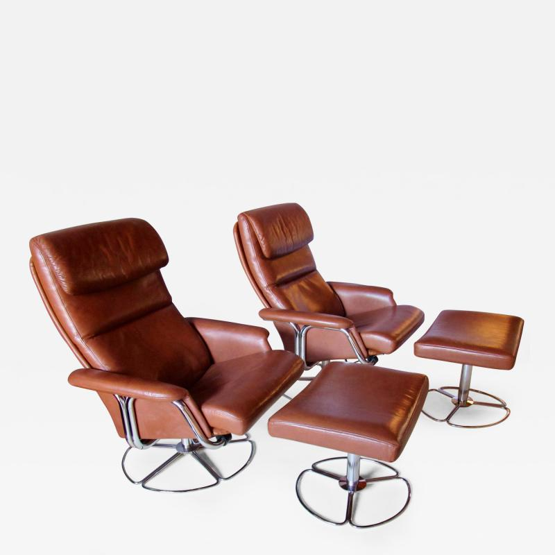 Bruno Mathsson Pair of Leather and Chrome Swivel Lounge Chairs by Bruno Mathsson for Dux 1970s