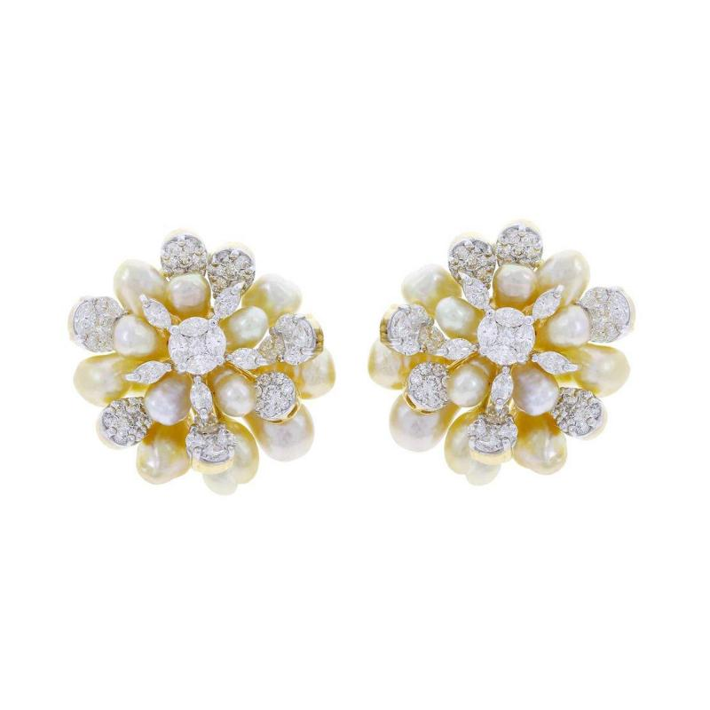 CLUSTER PEARL AND DIAMOND EARRINGS 18K YELLOW GOLD