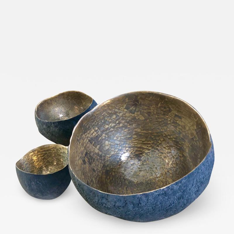 Cristina Salusti Set of 3 ceramics with platinum and gold by Cristina Salusti