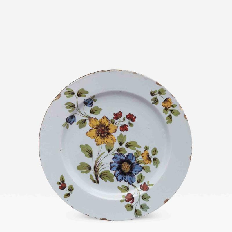 DELFT CHARGER DECORATED WITH FLOWERS