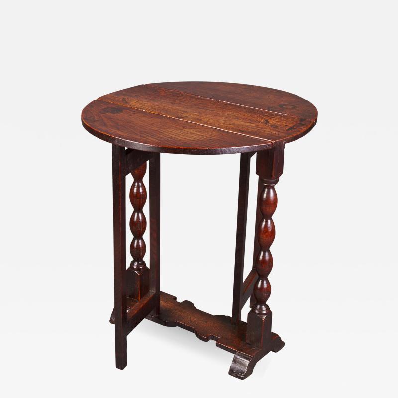 DIMINUTIVE 17TH CENTURY OAK GATELEG SIDE TABLE